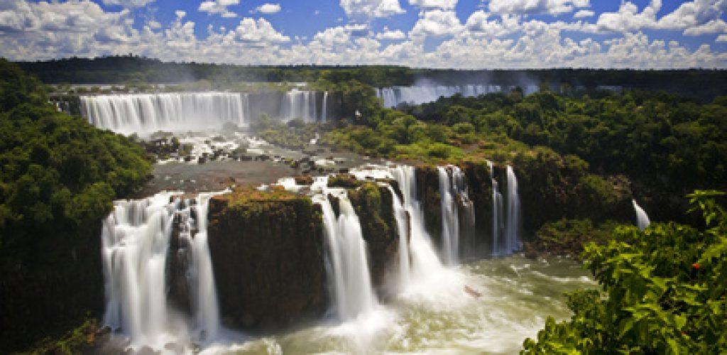 Überwältigendes Naturschauspiel – die Wasserfälle von Iguazú in Argentinien