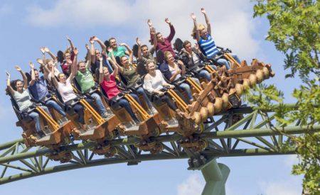 Nervenkitzel an der Ostsee: Der Hansa-Park bietet nicht nur Spaß für Achterbahnfans