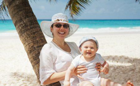 Debatte: Ist Urlaub in der Elternzeit in Ordnung?